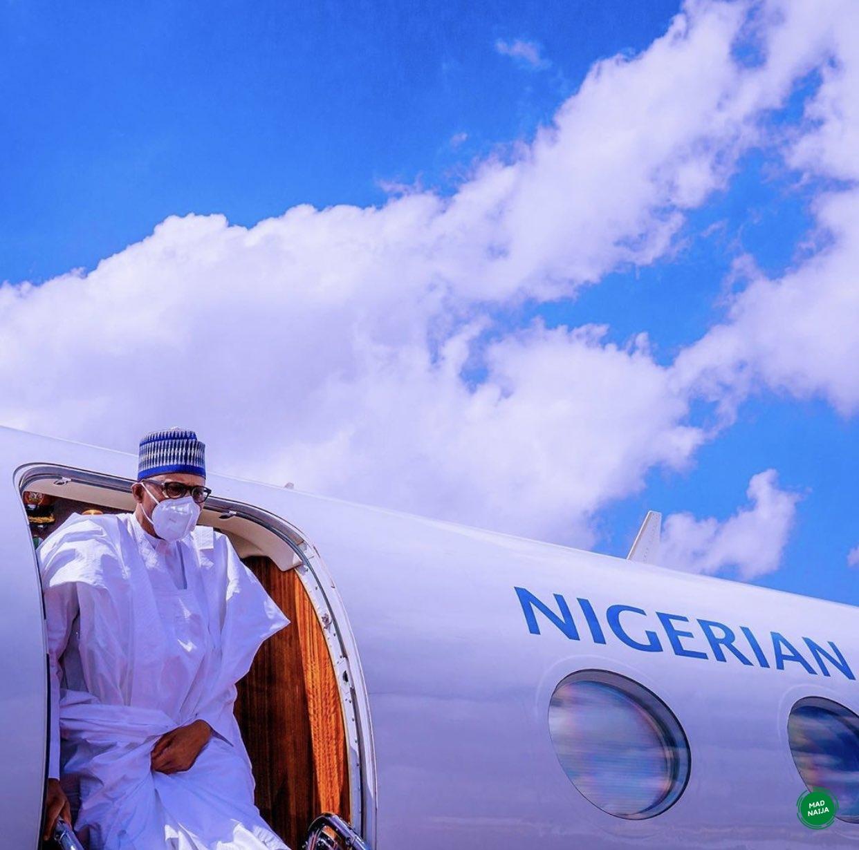Buhari with face mask